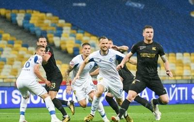 Динамо потеряло очки в матче с Колосом при скандальном судействе