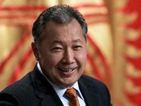 Президент Кыргызстана успешно сдал экзамен по государственному языку