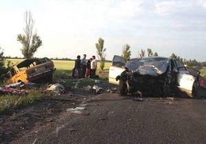 В ночном ДТП в Донецкой области погибли шесть человек
