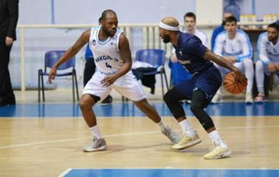 Суперлига: Будивельник обыграл Николаев