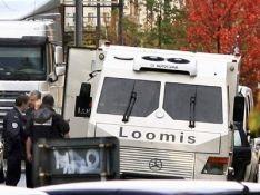 У французских инкассаторов угнали машину с 10 миллионами евро