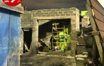 В Киеве на стройке придавило рабочих