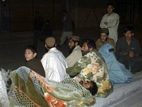 Число жертв землетрясения в Пакистане возросло до 80 человек