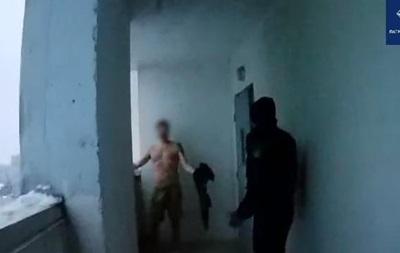 В Киеве отец четырех детей пытался спрыгнуть с 14 этажа