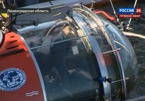 Лежит на правом боку, состояние отличное. Путин обследовал фрегат Олег на дне Финского залива
