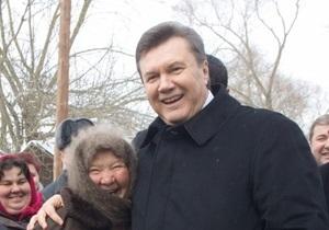 Опрос: Больше половины украинцев негативно оценили первый год президентства Януковича