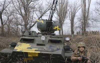 На Донбассе за сутки девять обстрелов, потерь нет