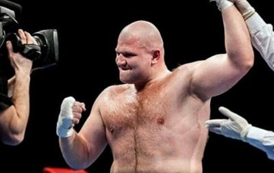 Шевадзуцкий и Малиновский досрочно выиграли свои бои в Киеве
