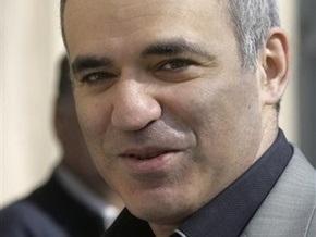 Каспаров удивился, что в Крыму не так страшно, как показывают российские каналы
