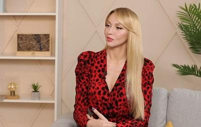 Полякова: Кароль избегает личного общения