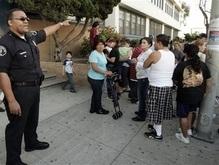 Преступник расстрелял людей на автобусной остановке в Лос-Анджелесе