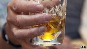 Ученые: сон после приема спиртного не бывает полноценным