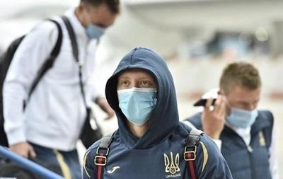 Лунин и Конопля не попали в заявку сборной на матч с Казахстаном