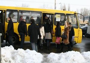 В Луганске водитель маршрутки избил школьника