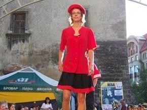 Во Львове прошел показ мод с участием бомжей