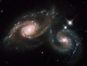 Телескоп Хаббл представил фото сливающихся галактик