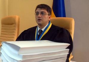 Киреев проигнорировал два заявления защиты Тимошенко об отводе судьи