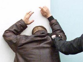 В Москве во время проверки на рынке избили зампрокурора