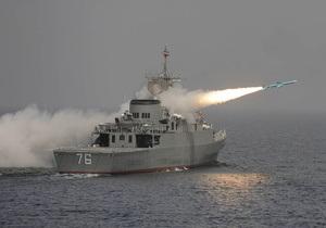 Новейший иранский эсминец провел тестовые испытания ракеты класса земля-земля