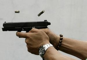 В Москве неизвестные застрелили двоих инкассаторов и скрылись с деньгами