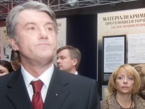 Ющенко: 90% того, что я ношу, покупает моя жена