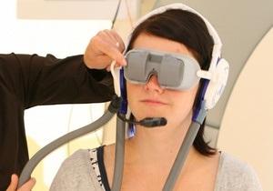 Нейробиологи передали текст на сетчатку глаза слепого пациента