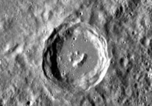 Зонд NASA сфотографировал на Меркурии смайлик
