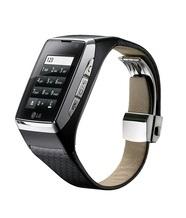LG Electronics представляет в Украине телефон-часы (GD910) с сенсорным интерфейсом