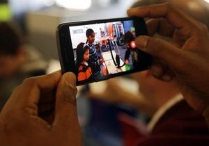 Каждый десятый украинец пользуется смартфоном - опрос