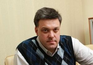 Тягнибок: Теперь режим Януковича может легко воплощать кремлевский план