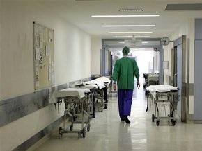 СМИ: На Закарпатье два человека заболели свиным гриппом. Один из них умер
