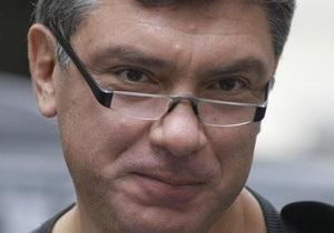 Немцов прокомментировал закрытие организаций украинцев в России