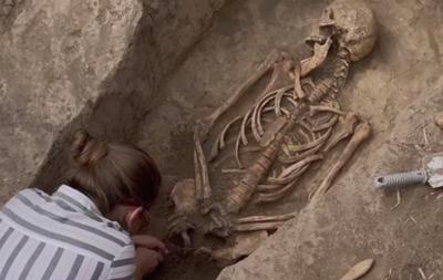 На Запорожье обнаружено редкое древнее захоронение