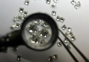 В Индии значительно вырастут цены на алмазы и бриллианты - эксперты