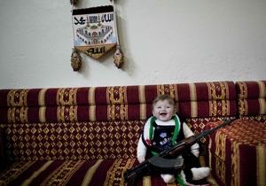 Вторая годовщина войны в Сирии: 70 тысяч погибших, 2,5 миллионов беженцев