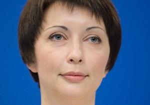 Янукович уволил Лукаш с должности советника и назначил министром Кабмина
