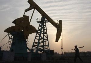 Нефть открыла неделю существенным подорожанием