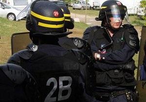 Во Франции из-за угрозы взрыва эвакуировали 40 тысяч паломников