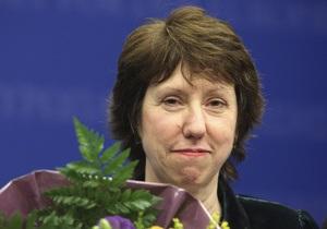 Главу МИД ЕС раскритиковали за визит в Киев: встреча в Испании важнее инаугурации Януковича