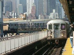 Американец, упавший пьяным на рельсы метро, отсудил $2,3 млн