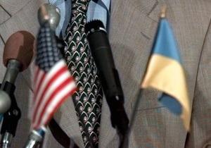 ВВС Україна: Пока Киев говорит Вашингтону об улучшениях, Сенат готовит санкции