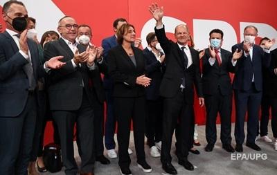 Выборы в Германии: лидируют социал-демократы