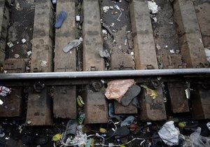 На востоке Индии произошло столкновение поездов: десятки погибших