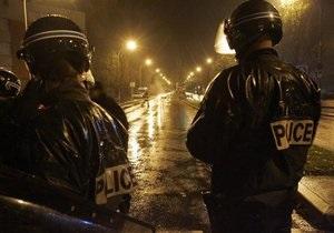 В центре Парижа неизвестный открыл стрельбу: есть раненые
