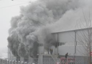В Виннице горит подземный паркинг: судьбы людей неизвестны
