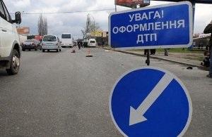 В Луганской области Lanos врезался в грузовик: погибли два человека