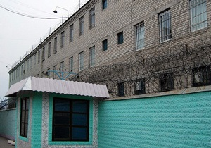 Заключенные колонии, в которую этапировали Тимошенко, шьют шапки-ушанки и мешки