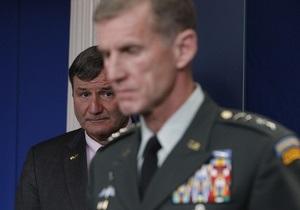 Командующего НАТО в Афганистане вызвали в Вашингтон из-за скандальной статьи с критикой Белого дома