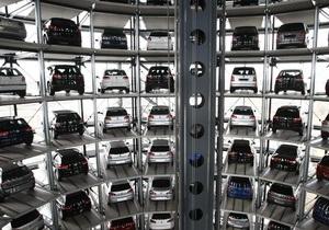 Подорожание авто - цены на автомобили - Пошлина на иномарки - Введение спецпошлин на иномарки позволит загрузить простаивающие заводы - автопроизводители