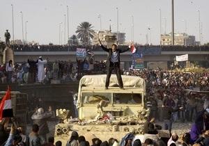 Источник: Высший совет вооруженных сил, получивший власть в Египте, возглавляет министр обороны